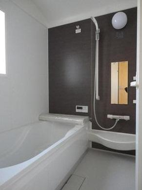 スタイリッシュな浴室(風呂)